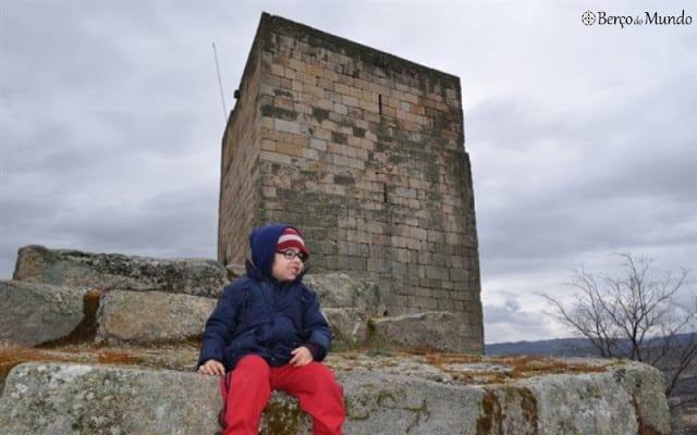 """O castelo de Marialva, cenário da lenda da """"Dama dos pés de cabra"""""""