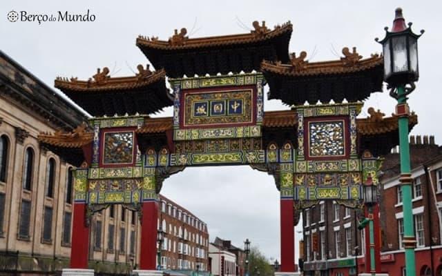O arco de amizade oferecido a Liverpool por Shangai