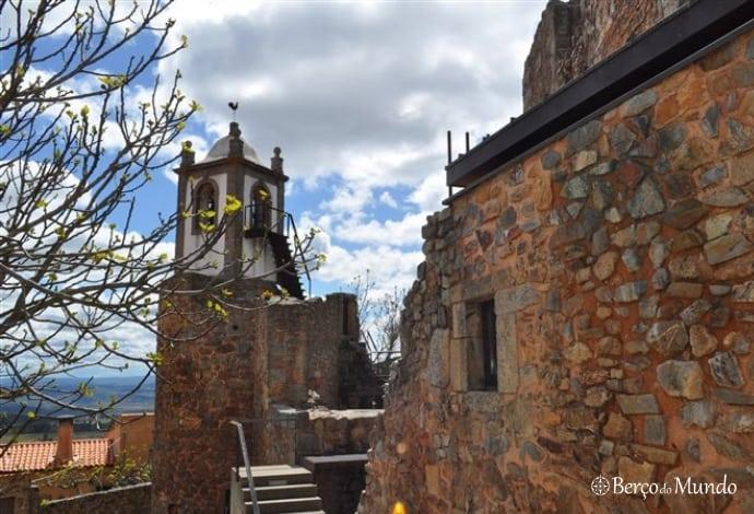 igreja da aldeia histórica