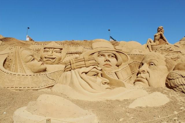 esculturas de areia inspiradas no cinema