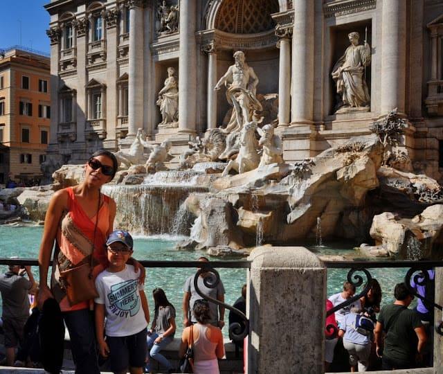 detalhe da Fontana di trevi