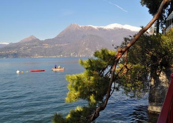Lago Como no norte de Itália