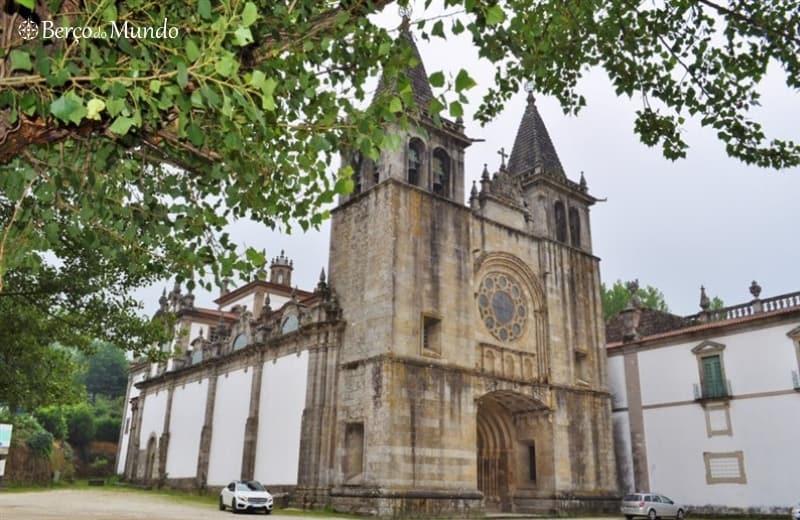 Mosteiro de Santa Maria do Pombeiro em Felgueiras
