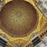 O real alcázar e a alma árabe de Sevilha