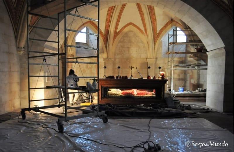 cripta com o corpo do santo