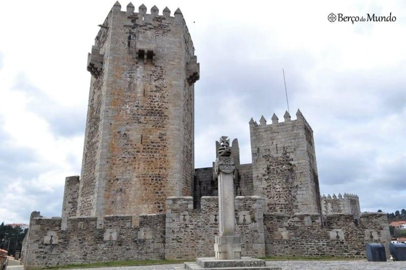 Portugal tem muitos castelos, este fica no Sabugal