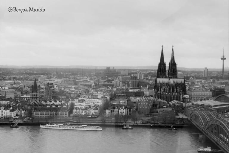 Vista sobre Colónia, na Alemanha