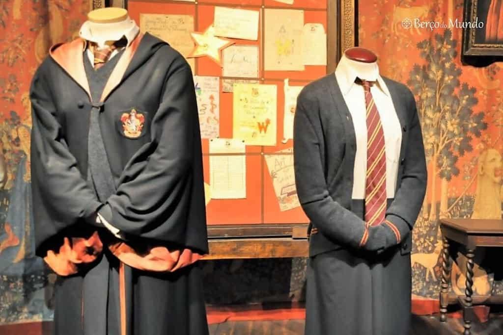 uniforme de Harry Potter e Hermione