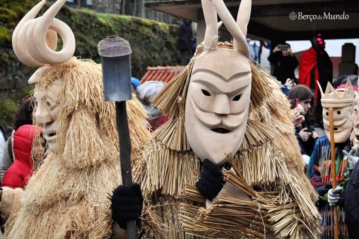 Carnaval em Lazarim: caretos e senhorinhas