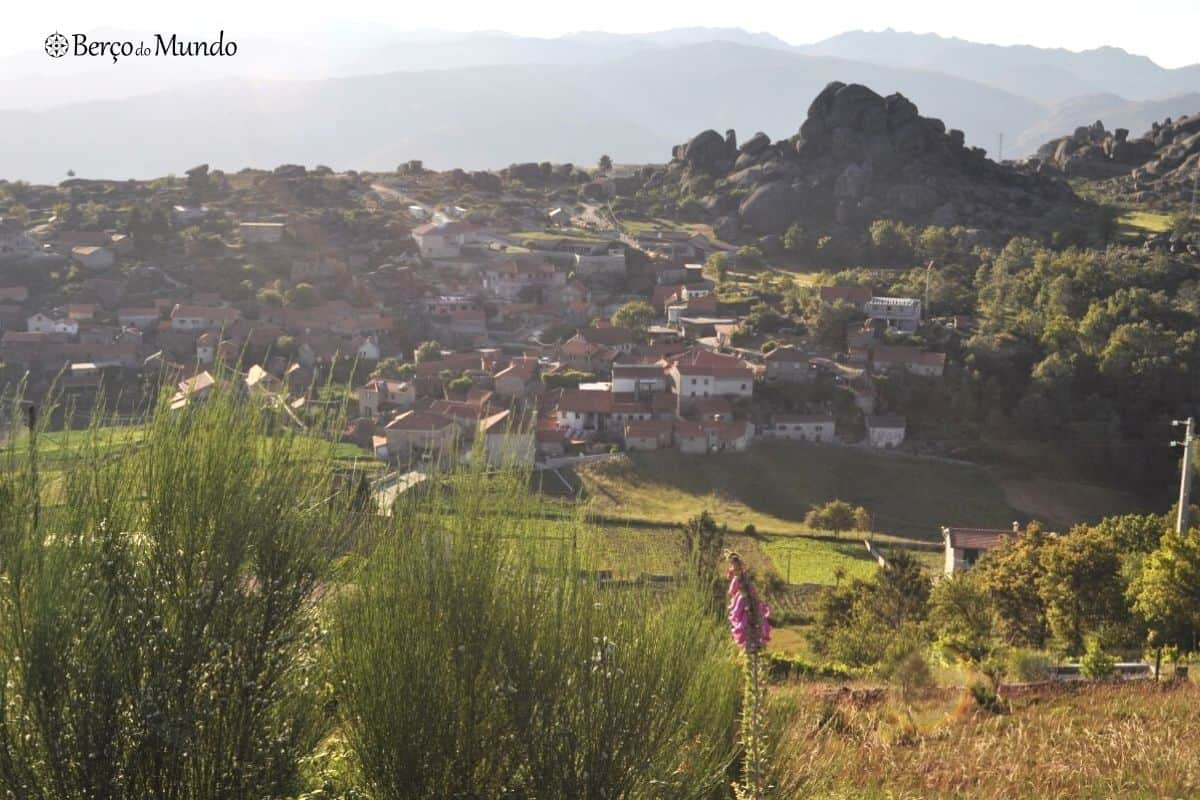 aldeia de Ponteira, no Norte de Portugal