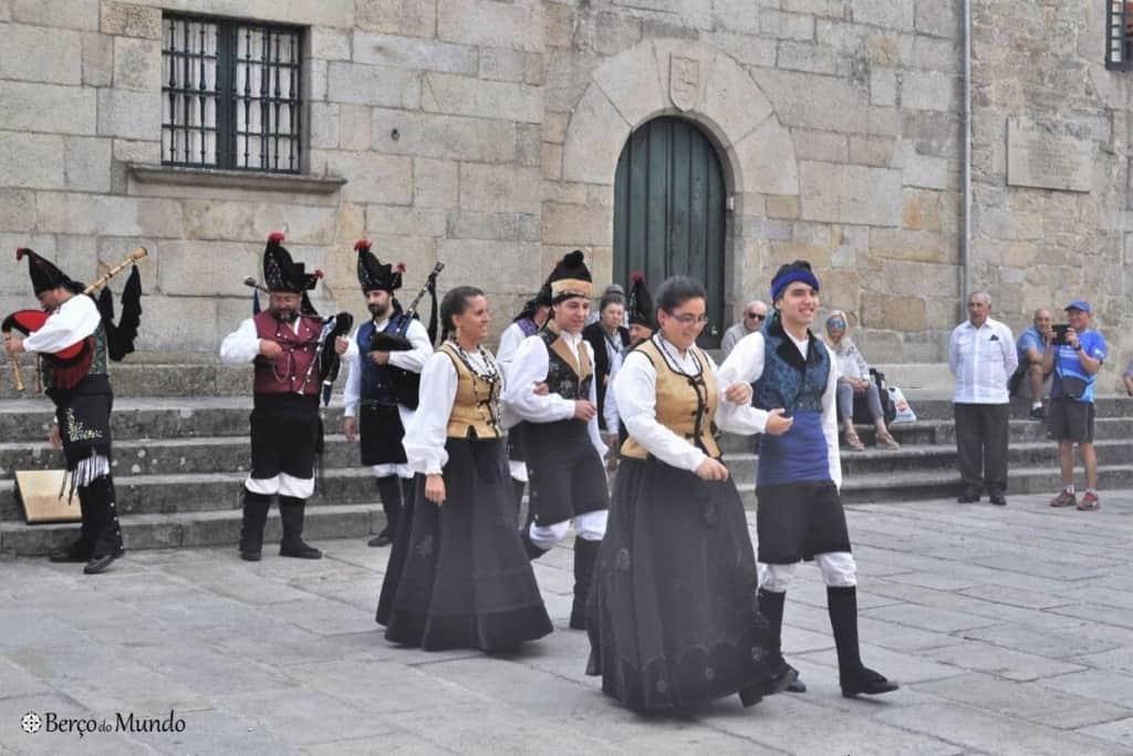 trajes tradicionais da Galiza