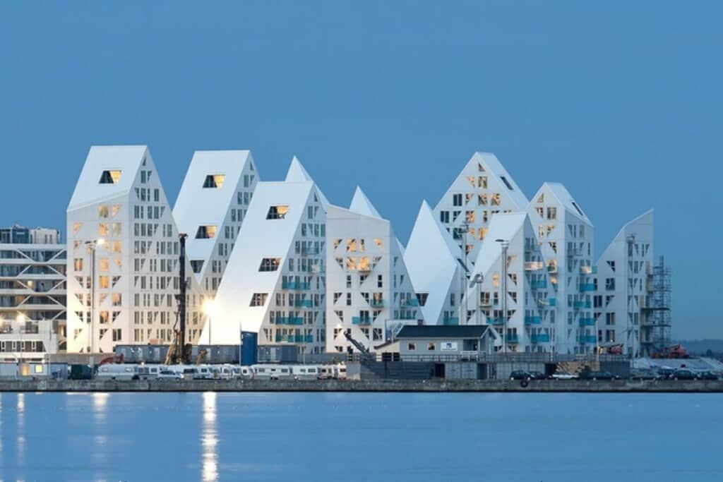 iceberg em Aarhus, na Dinamarca