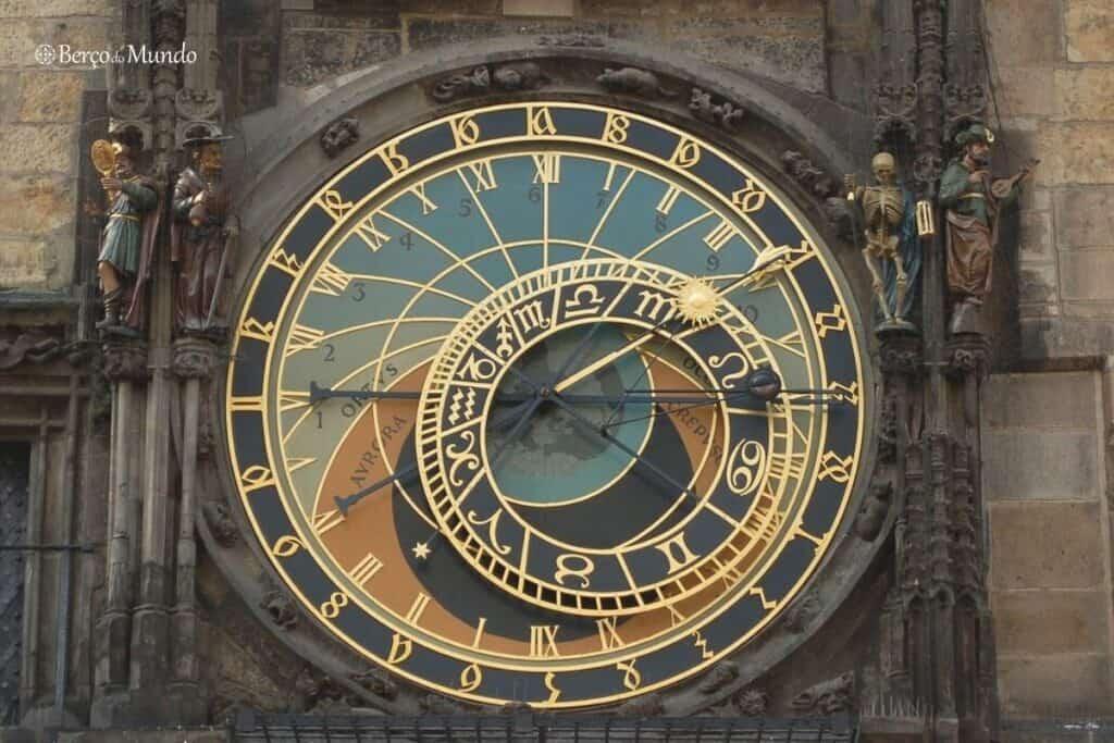 relógio astronómico ou orloj